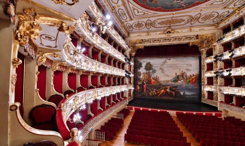 PARMA: La favorita – Gaetano Donizetti, aprile 2021